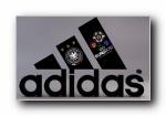 Adidas 运动品牌广告宽屏壁纸