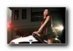 宝马M3 E93 改装车美女模特王小雅宽屏壁纸