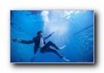 林俊杰 水中蓝景 摄影宽屏壁纸